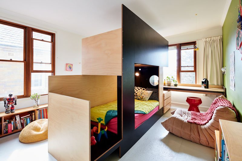 modern-bunk-bed-split-room-in-two-201217-643-01