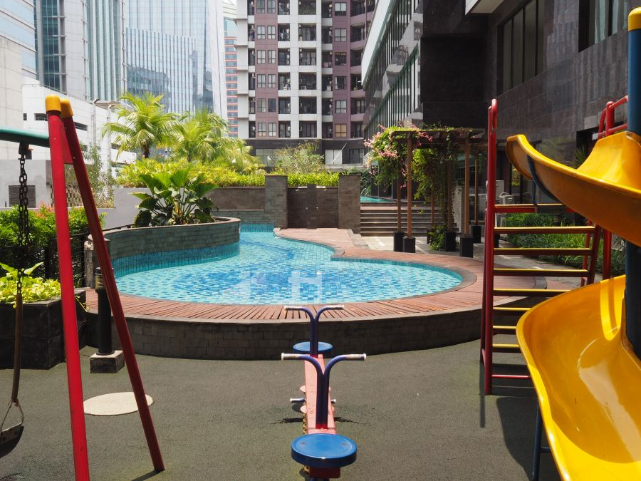 Kids-pool-and-playground-Taman-Sari-Semanggi