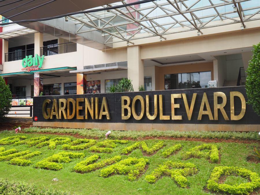 Gardenia-Boulevard-Sign