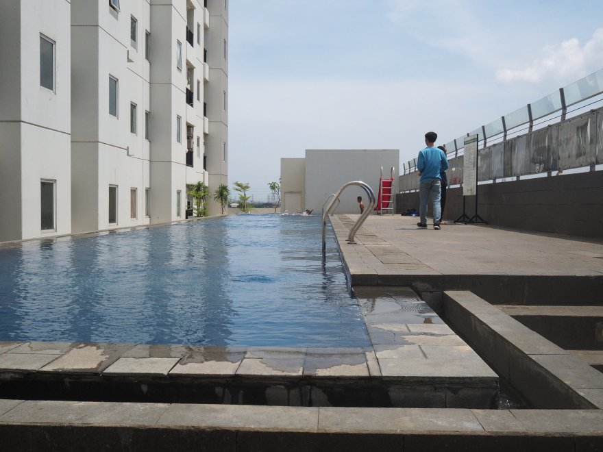 Northland-Ancol-Residence Pool-of-