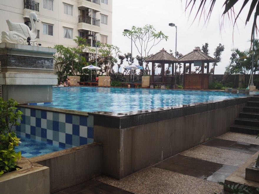 Signature-Park-Jakarta Pool-